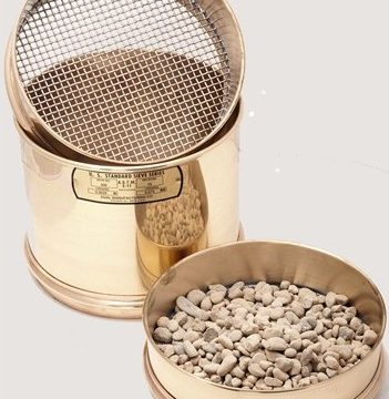 Sieves and Screen Trays